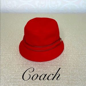 COACH RED WOOL BLEND LEATHER TRIMMED HAT SMALL